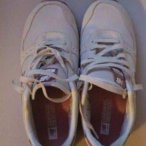 New Balance Shoes - Size 10 New Balance shoes